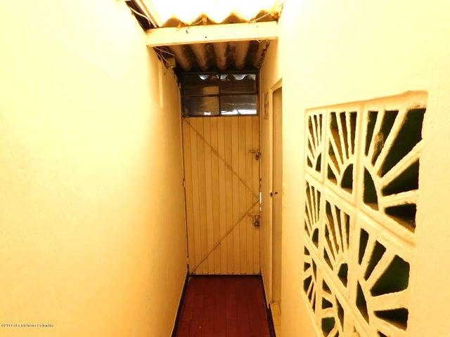 Casa Bogota D.C.>Bogota>Olarte - Venta:305.000.000 Pesos - codigo: 21-162