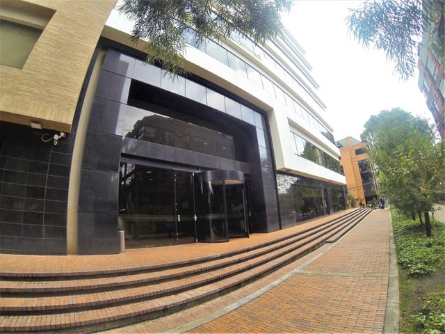 Oficina Bogota D.C.>Bogota>Chico - Arriendo:25.575.000 Pesos - codigo: 21-202