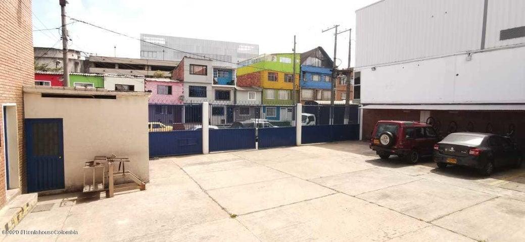 Bodega Bogota D.C.>Bogota>Ortezal - Venta:2.600.000.000 Pesos - codigo: 21-211