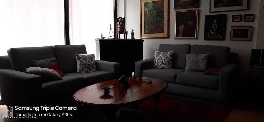 Apartamento Bogota D.C.>Bogota>Bella Suiza - Venta:450.000.000 Pesos - codigo: 21-251