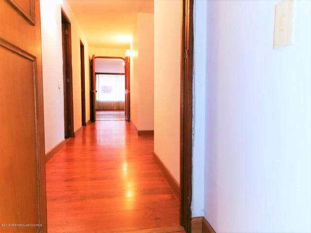 Apartamento Bogota D.C.>Bogota>Rincon del Chico - Venta:650.000.000 Pesos - codigo: 21-275