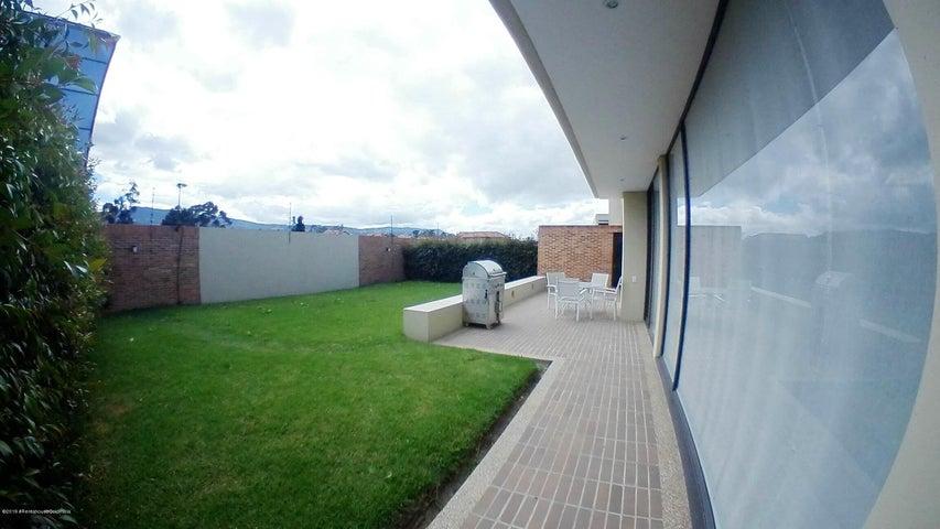 Casa Cundinamarca>Cajica>Calahorra - Venta:858.000.000 Pesos - codigo: 21-297