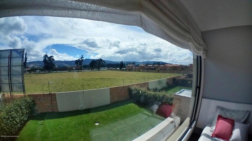 Casa Cundinamarca>Cajica>Calahorra - Venta:863.500.000 Pesos - codigo: 21-298