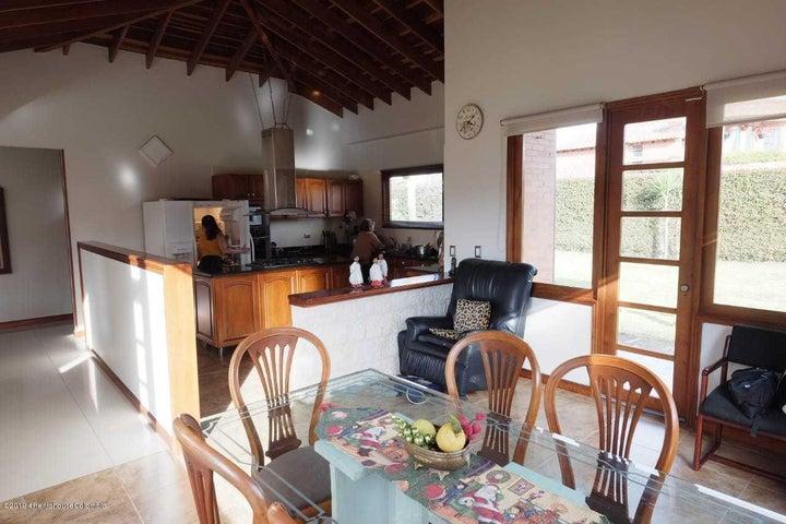 Casa Cundinamarca>Chia>Vereda Bojaca - Venta:1.495.000.000 Pesos - codigo: 21-337