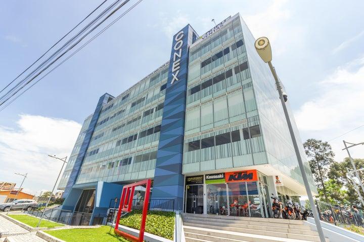 Oficina Cundinamarca>Chia>Vereda Bojaca - Arriendo:3.433.100 Pesos - codigo: 21-426