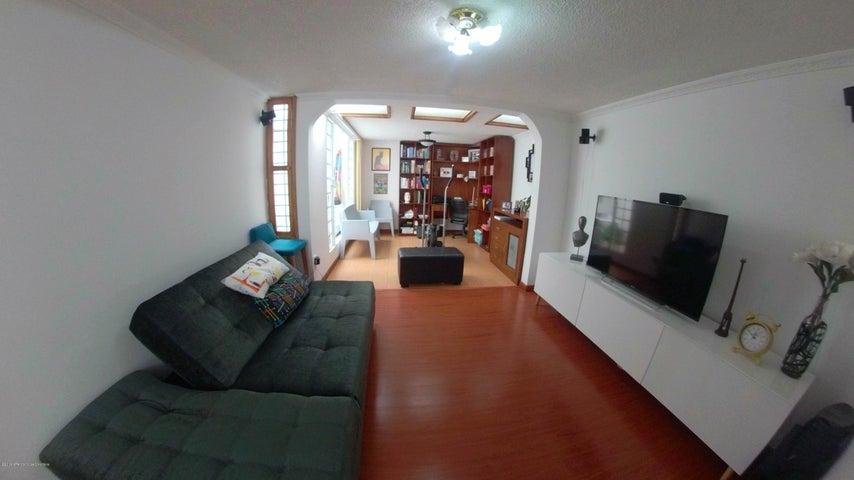 Casa Bogota D.C.>Bogota>Cedritos - Venta:650.000.000 Pesos - codigo: 21-434