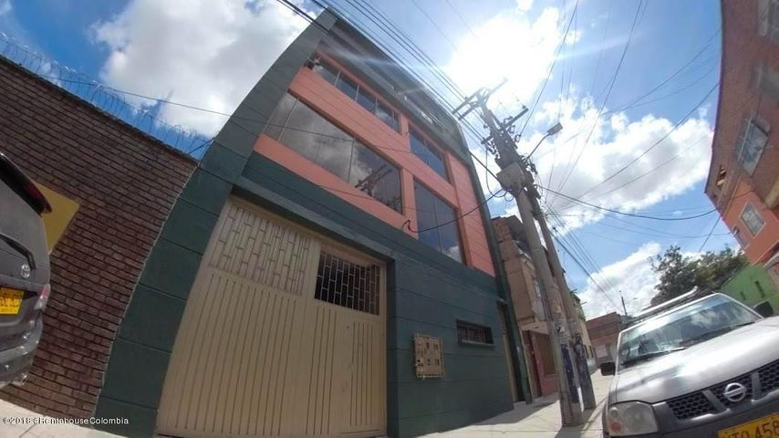 Edificio Bogota D.C.>Bogota>Centenario - Venta:1.700.000.000 Pesos - codigo: 21-456