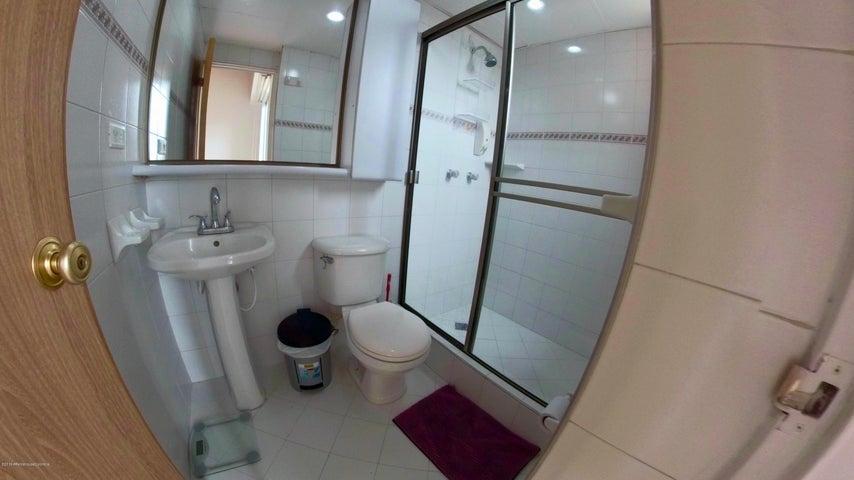 Apartamento Bogota D.C.>Bogota>Portales Del Norte - Venta:290.000.000 Pesos - codigo: 21-484