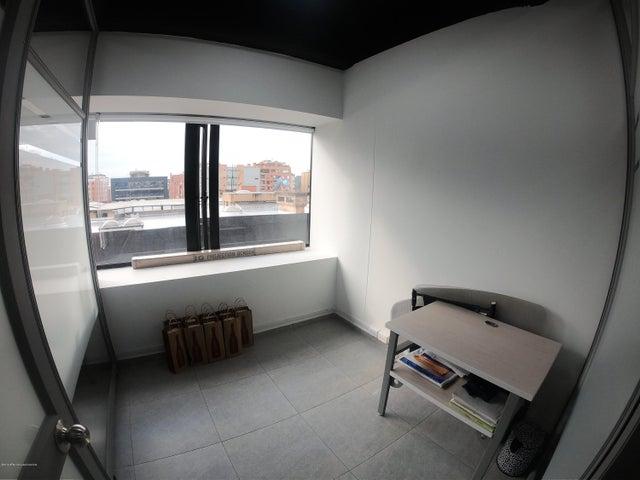 Oficina Bogota D.C.>Bogota>Chico - Venta:450.000.000 Pesos - codigo: 21-485