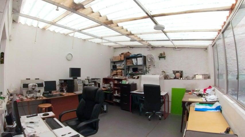 Oficina Bogota D.C.>Bogota>Pardo Rubio - Venta:380.000.000 Pesos - codigo: 21-486
