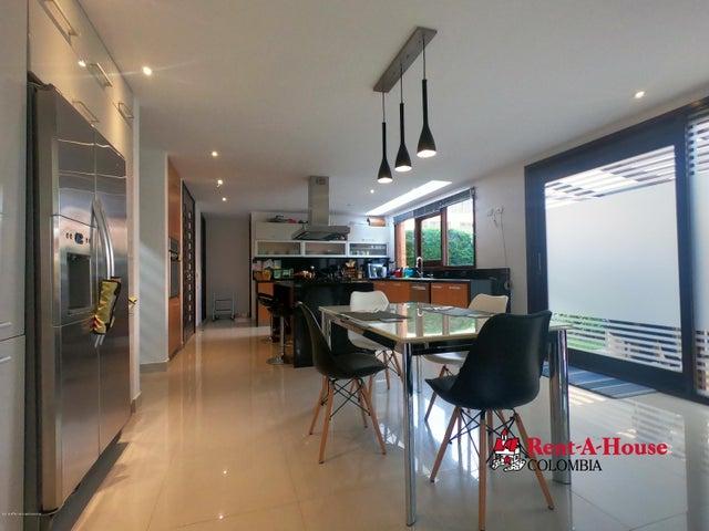 Casa Bogota D.C.>Bogota>San Jose De Bavaria - Venta:3.400.000.000 Pesos - codigo: 21-489
