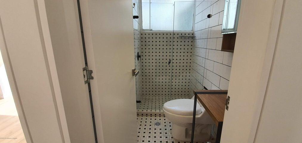 Apartamento Bogota D.C.>Bogota>Santa Barbara - Venta:430.000.000 Pesos - codigo: 21-498