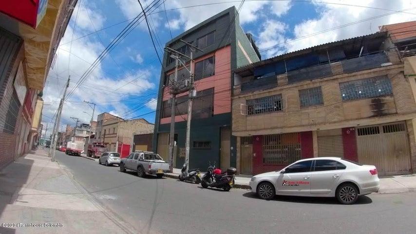 Local Comercial Bogota D.C.>Bogota>Centenario - Arriendo:3.500.000 Pesos - codigo: 21-503