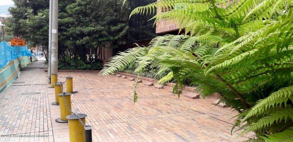 Parqueadero Bogota D.C.>Bogota>Chico Norte - Venta:36.000.000 Pesos - codigo: 21-507