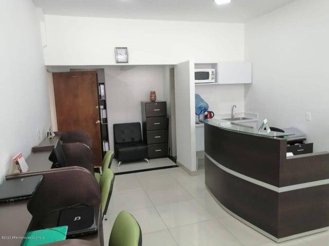 Oficina Bogota D.C.>Bogota>Santa Barbara - Venta:390.000.000 Pesos - codigo: 21-518