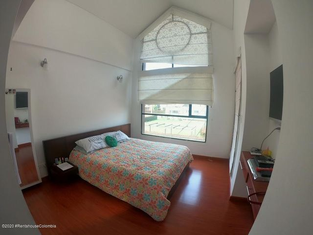 Casa Cundinamarca>Cajica>La Estacion - Venta:600.000.000 Pesos - codigo: 21-533