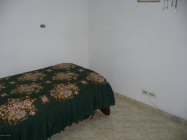 Casa Bogota D.C.>Bogota>Lisboa - Venta:380.000.000 Pesos - codigo: 21-535