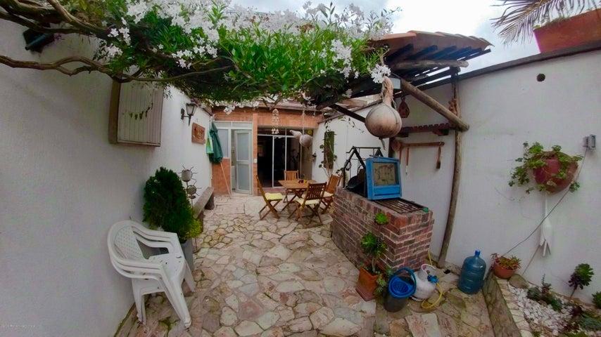 Casa Cundinamarca>Cota>Vereda el Abra - Venta:470.000.000 Pesos - codigo: 21-567