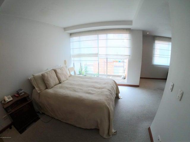 Casa Bogota D.C.>Bogota>Pradera Norte - Venta:470.000.000 Pesos - codigo: 21-569