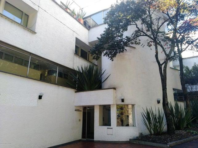 Apartamento Bogota D.C.>Bogota>Altos del Chico - Arriendo:3.500.000 Pesos - codigo: 21-590