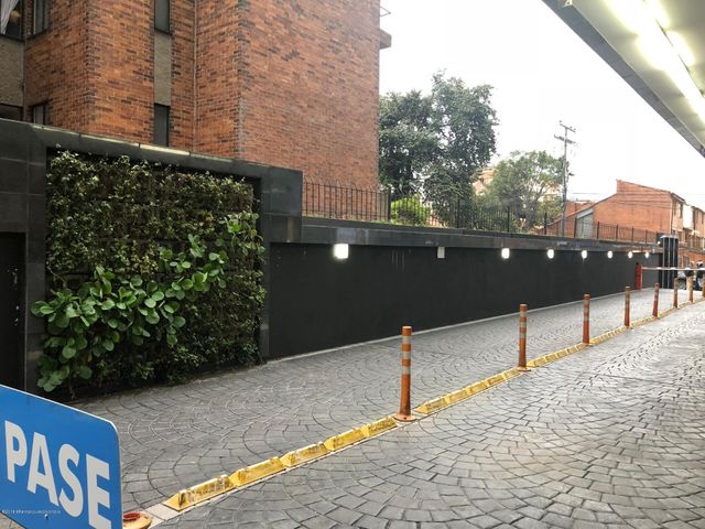 Oficina Bogota D.C.>Bogota>Cedritos - Venta:260.000.000 Pesos - codigo: 21-614