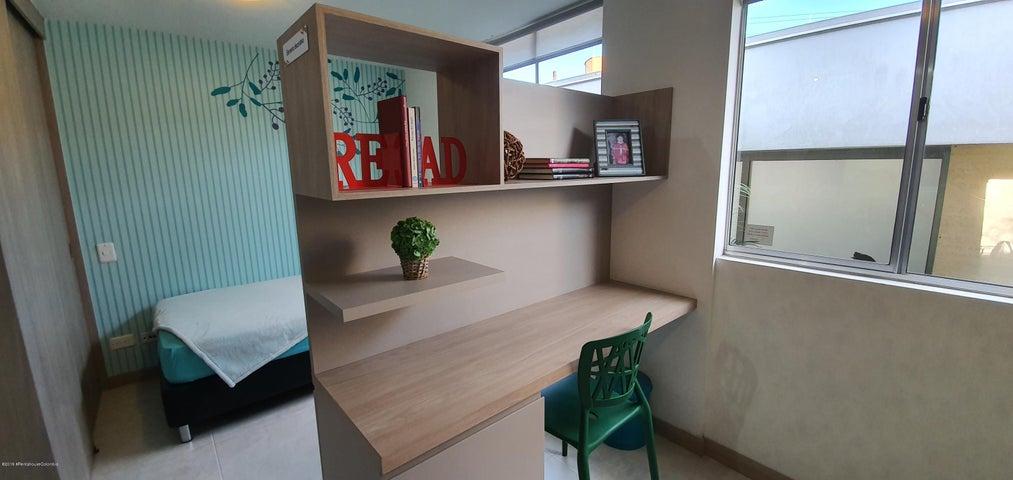 Apartamento Antioquia>Itagui>Centro de la Moda - Venta:310.000.000 Pesos - codigo: 21-659