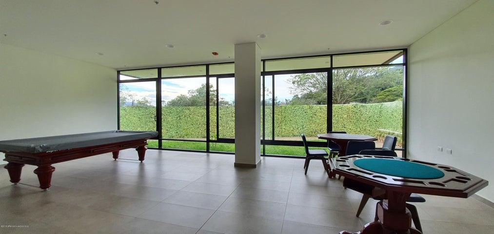 Apartamento Antioquia>Envigado>Loma del Escobero - Venta:425.000.000 Pesos - codigo: 21-668