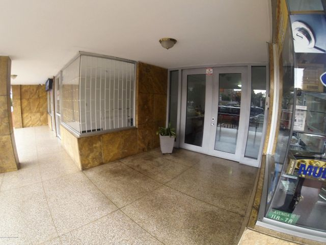 Apartamento Bogota D.C.>Bogota>Santa Barbara - Venta:650.000.000 Pesos - codigo: 21-689