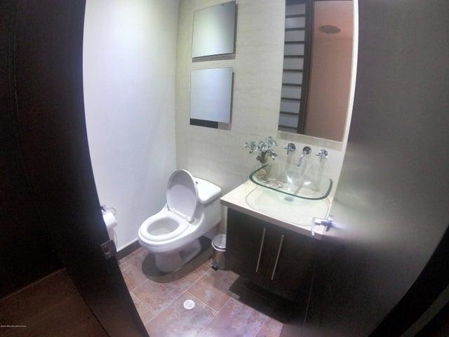 Apartamento Bogota D.C.>Bogota>Chico Norte - Venta:953.000.000 Pesos - codigo: 21-724