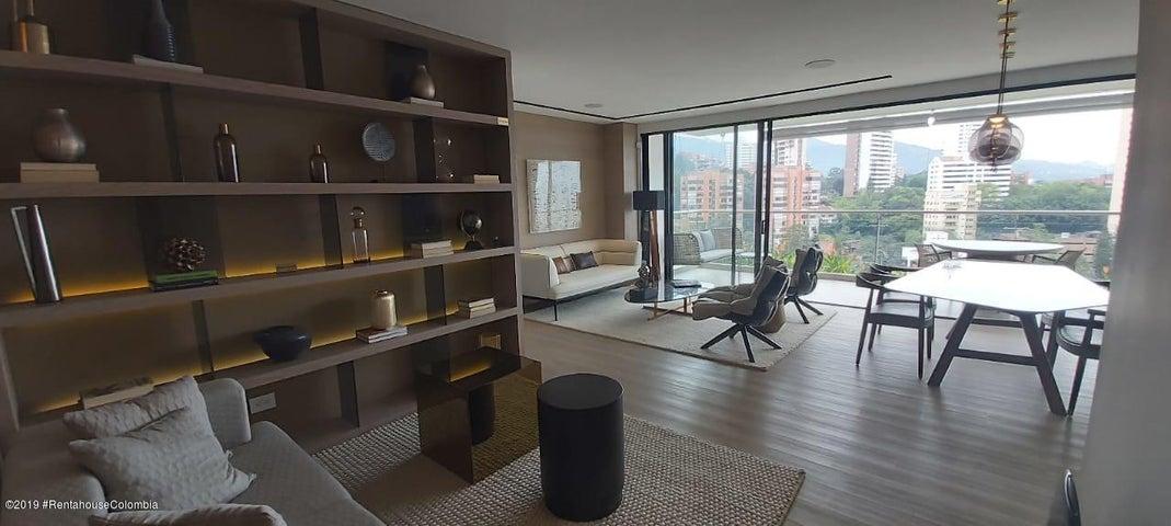 Apartamento Antioquia>Medellin>Transversal inferior Saint Michel - Venta:1.090.000.000 Pesos - codigo: 21-732