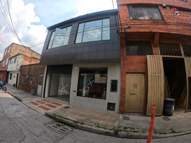 Local Comercial Bogota D.C.>Bogota>Los Cerezos - Venta:812.000.000 Pesos - codigo: 21-734