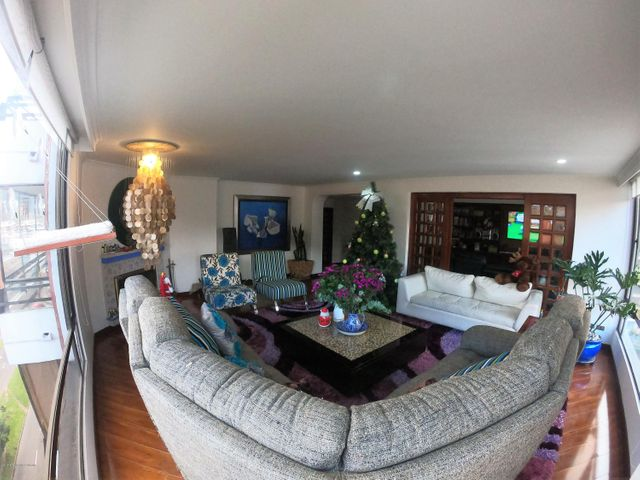 Apartamento Bogota D.C.>Bogota>Santa Barbara - Venta:1.395.000.000 Pesos - codigo: 21-739