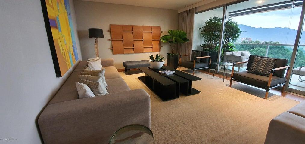 Apartamento Antioquia>Medellin>Loma Los Balsos - Venta:1.557.000.000 Pesos - codigo: 21-745