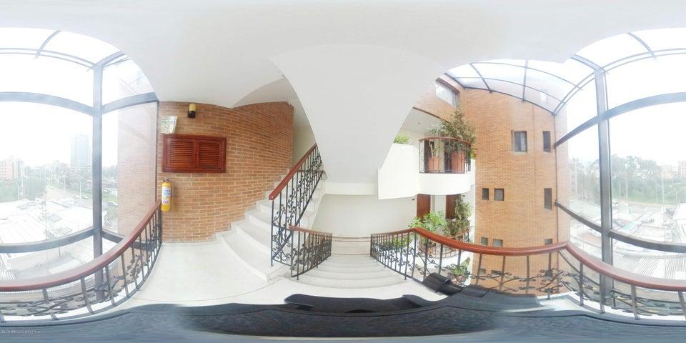 Edificio Bogota D.C.>Bogota>Santa Barbara - Venta:23.000.000.000 Pesos - codigo: 21-764