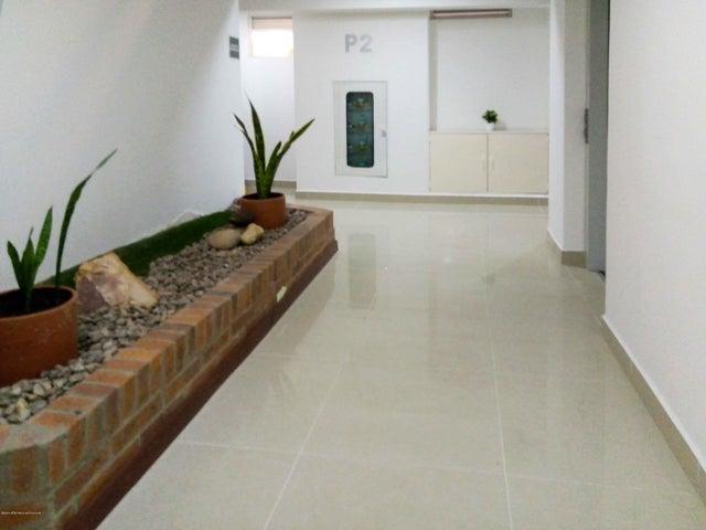 Apartamento Bogota D.C.>Bogota>Nuevo Country - Venta:365.000.000 Pesos - codigo: 21-779