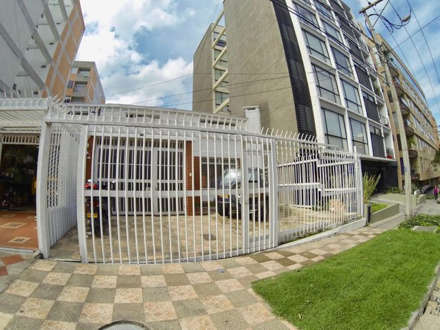 Casa Bogota D.C.>Bogota>Bella Suiza - Venta:2.500.000.000 Pesos - codigo: 21-790