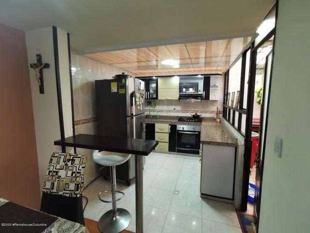 Casa Cundinamarca>Mosquera>Villanueva - Venta:187.000.000 Pesos - codigo: 21-824