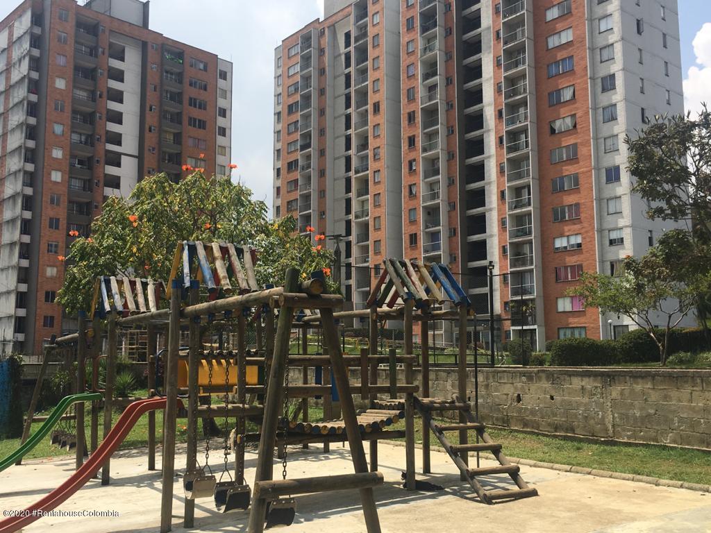 Apartamento Antioquia>Itagui>Ditaires - Venta:248.017.534 Pesos - codigo: 21-813