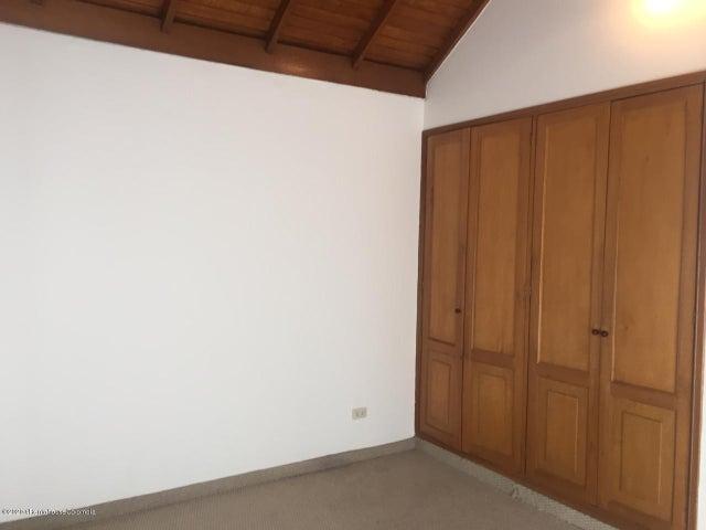 Casa Cundinamarca>Chia>20 de Julio - Arriendo:2.000.000 Pesos - codigo: 21-845