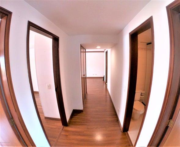 Apartamento Bogota D.C.>Bogota>La Calleja - Venta:495.000.000 Pesos - codigo: 21-1105
