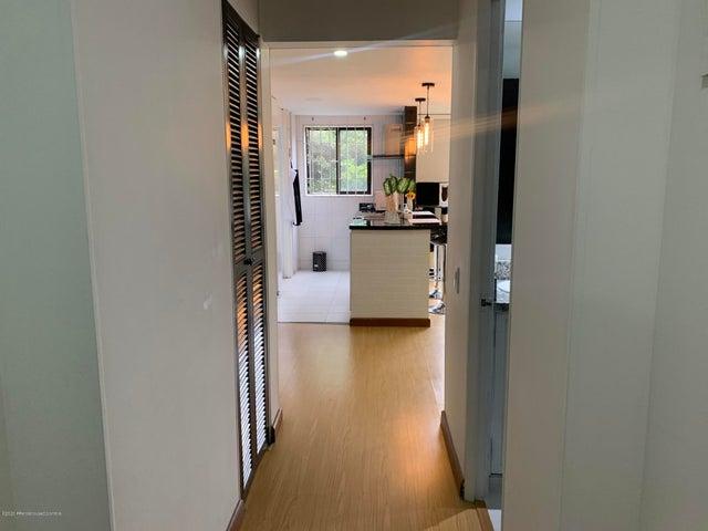 Apartamento Bogota D.C.>Bogota>Colina Campestre - Venta:315.000.000 Pesos - codigo: 21-839