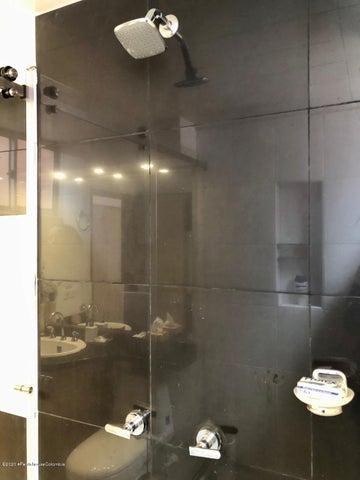 Apartamento Bogota D.C.>Bogota>Santa Barbara Occidental - Arriendo:2.500.000 Pesos - codigo: 21-857
