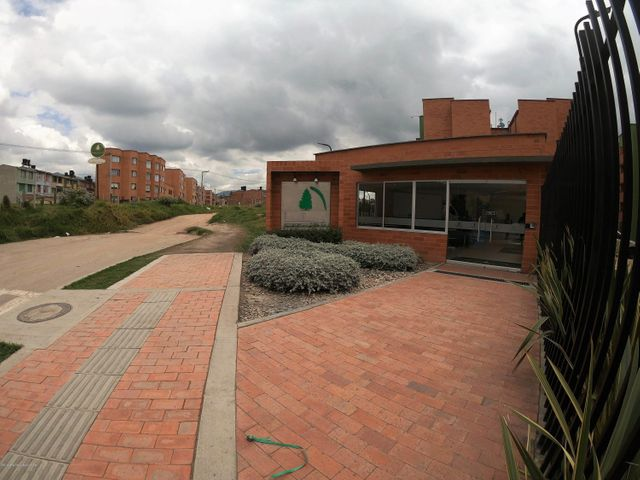 Apartamento Cundinamarca>Zipaquira>La Arboleda - Venta:150.000.000 Pesos - codigo: 21-879