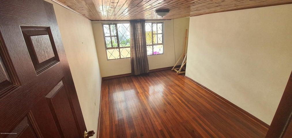 Casa Bogota D.C.>Bogota>Chapinero Alto - Venta:700.000.000 Pesos - codigo: 21-919