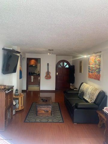 Apartamento Bogota D.C.>Bogota>Chapinero Alto - Venta:400.000.000 Pesos - codigo: 21-937