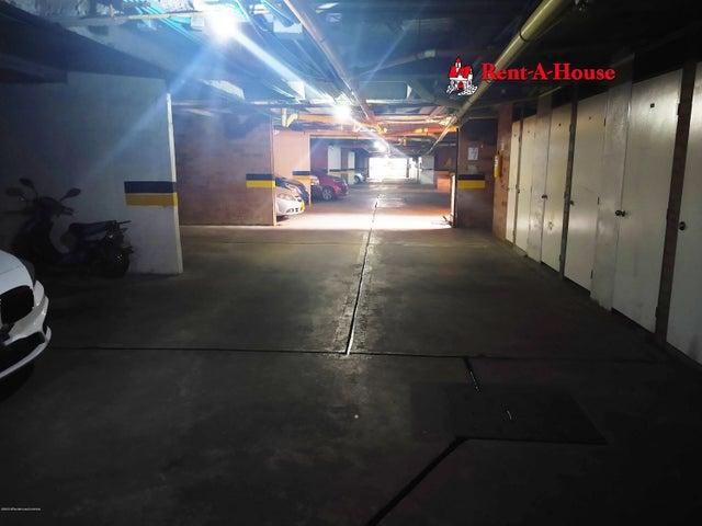 Casa Bogota D.C.>Bogota>Portales Del Norte - Venta:310.000.000 Pesos - codigo: 21-949