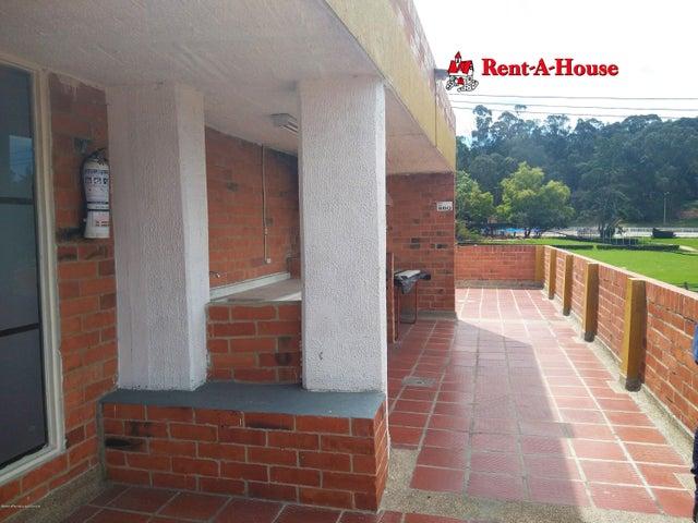 Casa Bogota D.C.>Bogota>Portales Del Norte - Arriendo:1.438.500 Pesos - codigo: 21-950