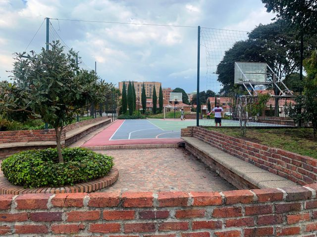 Casa Bogota D.C.>Bogota>Nuevo Country - Venta:1.600.000.000 Pesos - codigo: 21-953