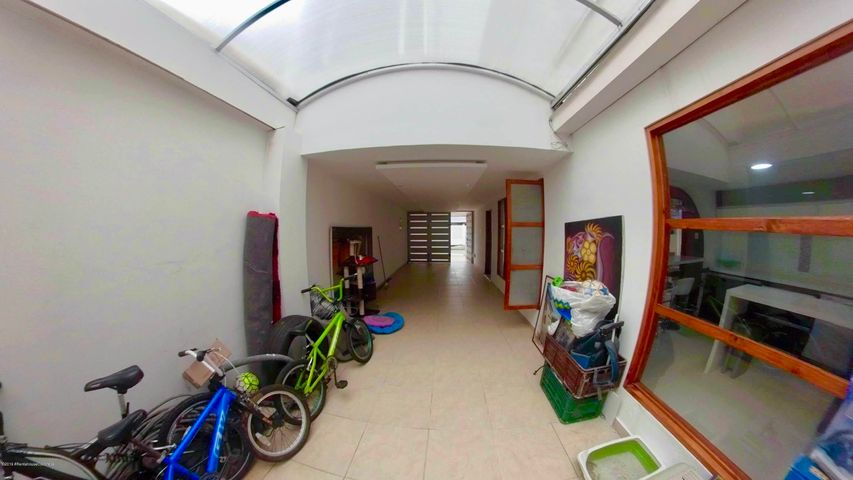 Casa Bogota D.C.>Bogota>Batan - Venta:950.000.000 Pesos - codigo: 21-1011
