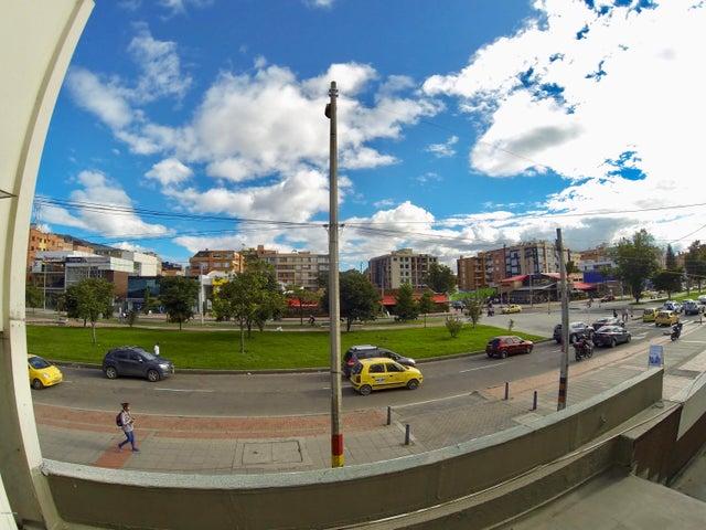 Local Comercial Bogota D.C.>Bogota>Santa Barbara - Venta:4.300.000.000 Pesos - codigo: 21-1041